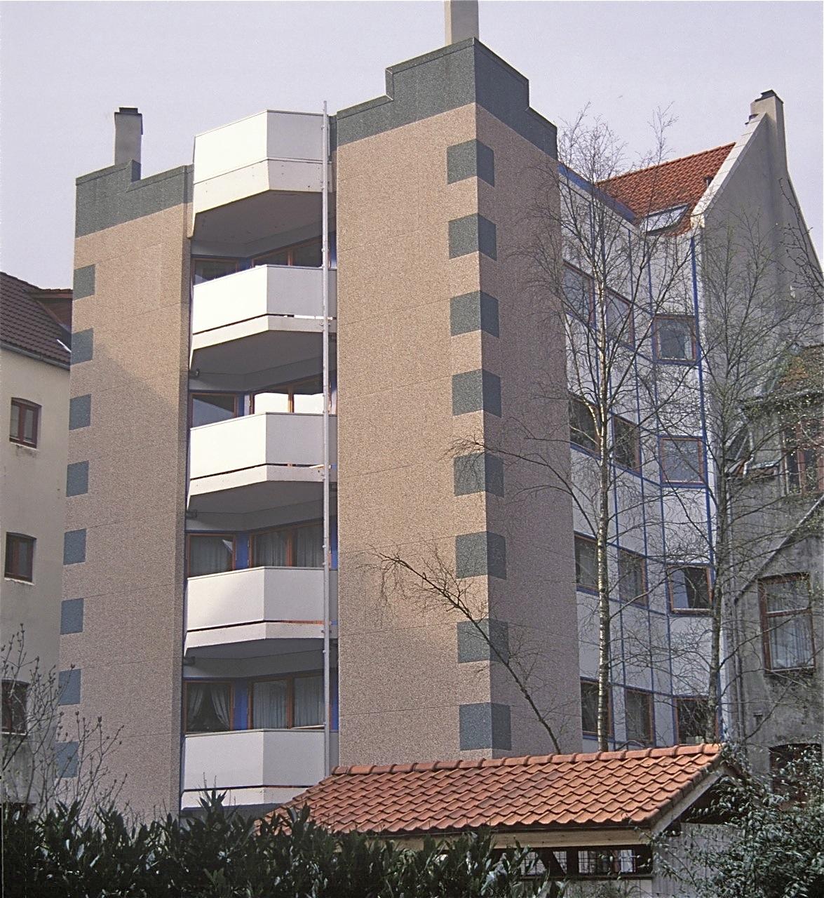 Daniel Hansens gate, selvbyggerlag